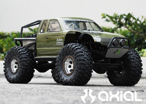 Axial Racing - Fitting 2 2 Ripsaw tires on your SCX10