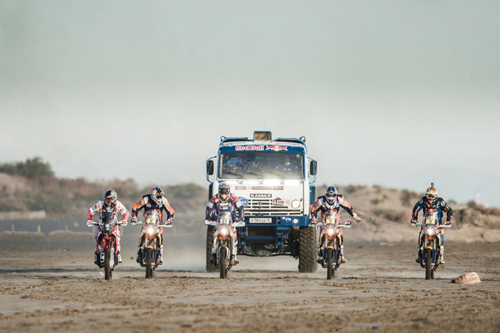 desert-wings-team-dakar-2015