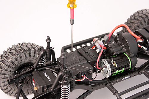 Axial Servo Swap How To 10