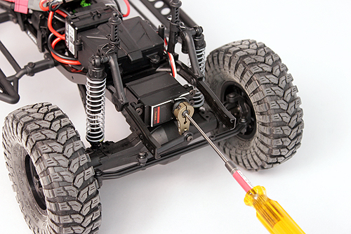 Axial Servo Swap How To 16