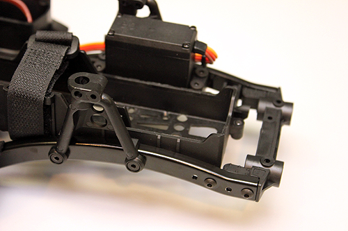 Axial SCX10 Chassis Build 9