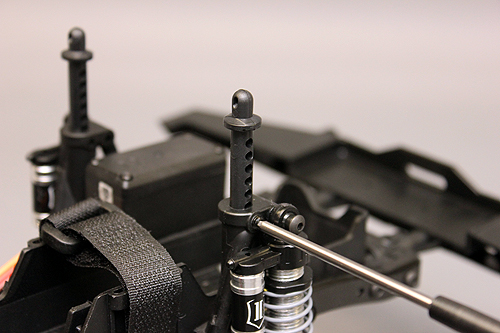 Axial SCX10 Chassis Build 8